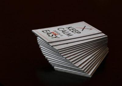 Δείγμα εκτύπωσης λαμιναριστής κάρτας με 3 ειδικά χαρτιά