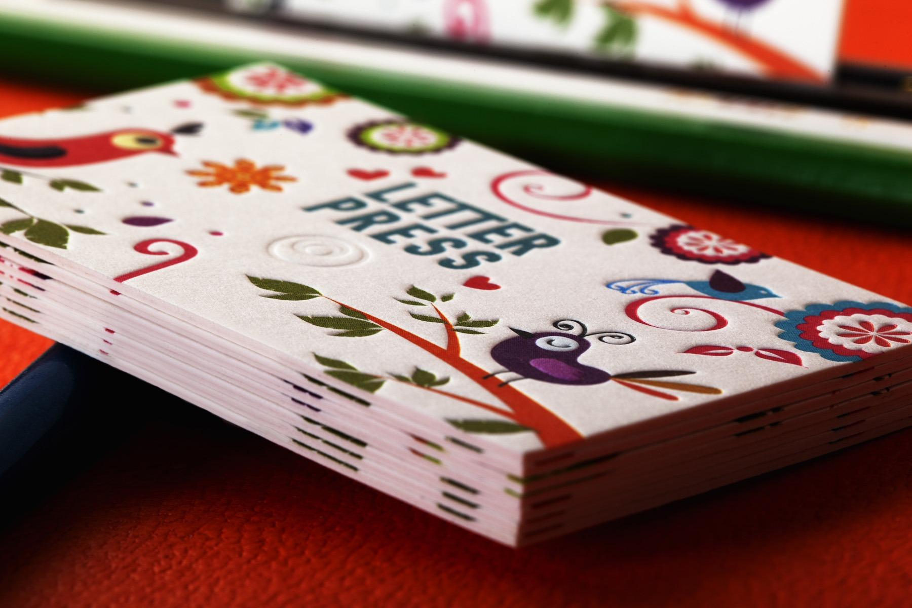 offset εκτύπωση κάρτας σε ειδικό χαρτί