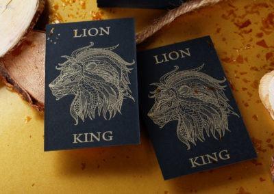 Κάρτα με εκτύπωση χρυσό Pantone